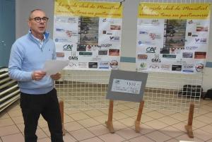 Monistrol-sur-Loire : un chèque de 1 300 euros remis par le Cyclo Club aux Virades