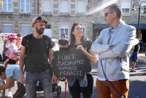Sainte-Sigolène : 100 manifestants marchent pour le climat