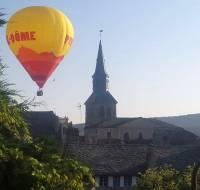 Tence : vol en montgolfière au-dessus du village