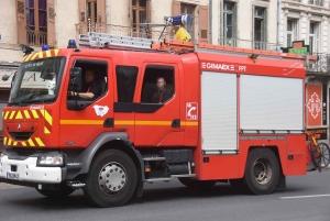 Puy-en-Velay : un feu se déclare dans une cuisine extérieure