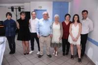 Chantal et Pierre avec leurs enfants, leurs conjoints et leurs petits-enfants