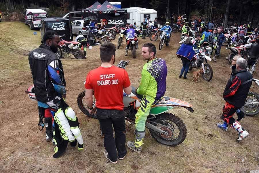 Tence : 120 motards en démonstration d'enduro