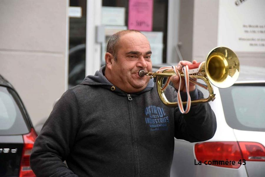 Monistrol-sur-Loire : un réveil en fanfare dimanche matin (vidéo)