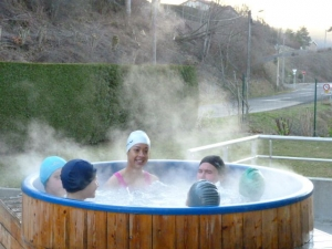 Bain norvégien et sauna à la piscine de Dunières pour les vacances