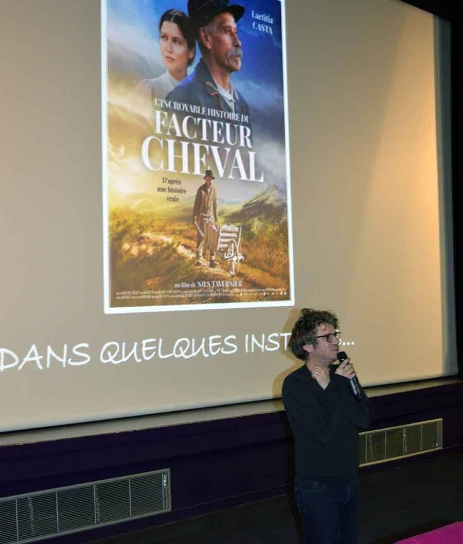 Tence : 110 spectateurs au ciné-débat autour de « L'Incroyable Histoire du facteur Cheval »
