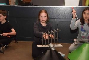 Beaux : les écoliers préparent un spectacle théâtre-musique sur les mineurs