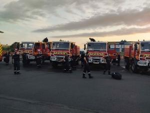 22 pompiers de Haute-Loire envoyés en urgence dans l'Aude pour un gigantesque feu de forêt