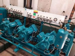 Maintenance sur centrale de production froid