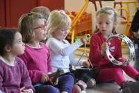 Montfaucon-en-Velay : les écoliers d'Abel-Grimmer essaient de drôles d'instru'ziks