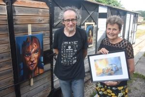 Tence : un frère et une soeur exposent leurs deux univers artistiques ce week-end
