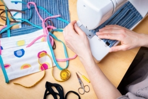 Craponne-sur-Arzon : à la recherche de petites mains pour des masques