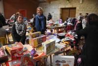 Raucoules : les bénéfices de la bourse aux jouets reversés à un élève du village