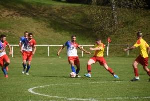 Foot : Sainte-Sigolène abonnée au match nul, Montfaucon-Montregard ne décolle pas