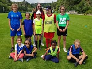 Le Chambon-sur-Lignon : deux joueuses de foot découvrent le métier d'éducatrice
