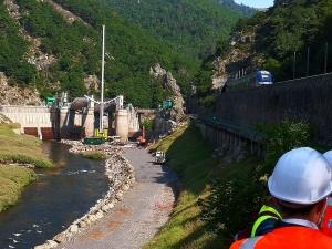 Nouveau Poutès : les vannes du barrage enlevées, tout un symbole