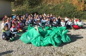 Saint-Maurice-de-Lignon : les écoliers du Sacré-Coeur nettoient la nature
