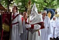 Les Italiens de Turin, en blanc et rouge, avec quelques fantaisies toutes latines...Photo Lucien Soyere