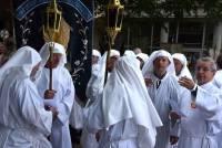 La confrérie de Saugues qui se distingue par une procession le Jeudi saint et non le Vendredi saint. Photo Lucien Soyere