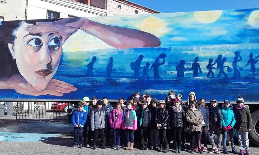 Saint-Didier-en-Velay : les écoliers dans la peau d'enfants migrants