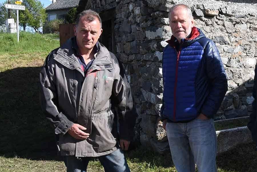 Philippe Piron (à droite) a démissionné. Jean-Pierre Sabatier (à gauche), 1er adjoint, est chargé de diriger la commune en attendant de nouvelles élections.