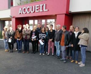 Le Puy-en-Velay : une minute de silence après le suicide d'une enseignante