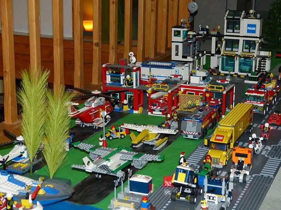 Tence : une ville entièrement réalisée avec des Lego