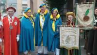 La Confrérie de la brioche d'Yssingeaux parade au 13e Chapitre du Puy