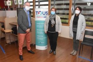 Philippe Perret (directeur adjoint de Pôle Emploi Monistrol-Yssingeaux), Martine Teyssier et Caroline Granouillet (conseillère Cap Emploi 43)
