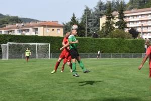 Aurec-sur-Loire : un terrain de foot synthétique à la place du terrain en herbe ?