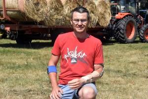 Saint-Julien-Chapteuil : les amis d'un jeune agriculteur se mobilisent pour lui financer une prothèse de main (vidéo)
