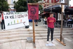 Puy-en-Velay : une action choc pour sensibiliser aux problèmes environnementaux