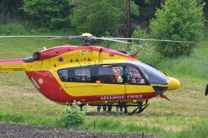 L'hélicoptère Dragon 63 restera finalement en Auvergne cet été