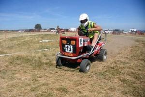 Saint-Maurice-de-Lignon : les photos de la course sur prairie (tracteurs tondeuses)