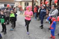 Vorey-sur-Arzon : après le défilé déguisé... la course de couleurs