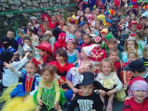 Dunières : les écoliers de Saint-Joseph fêtent l'arrivée de l'été