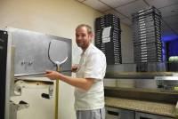 Saint-Agrève : le nouveau pizzaiolo de la place Verdun privilégie le bio et local