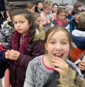 Saint-Didier-en-Velay : des écoliers découvrent le métier de boulanger