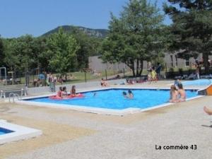 Saint-Julien-Chapteuil : la piscine en manque de nageurs cet été