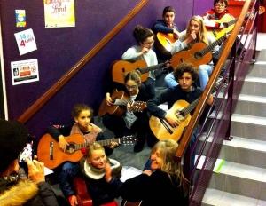 Chambon-sur-Lignon : guitares et chorale d'enfants mercredi à la médiathèque