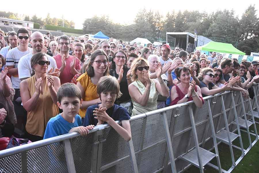 Sainte-Sigolène : 1 500 spectateurs enchantés par Grand Corps Malade et Brigitte