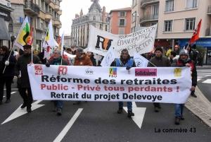 Les syndicats invitent à retourner dans la rue mardi au Puy-en-Velay