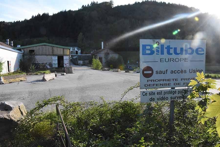 Le site est abandonné et squatté depuis 2012.
