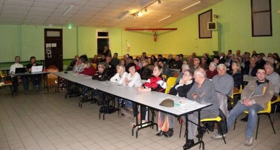 Beaulieu : une centaine de personnes à la réunion sur le compteur Linky