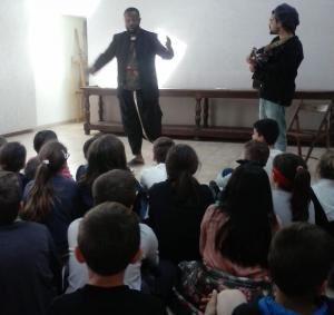 Le festival Contes en Marches a fait escale à l'école publique de Retournac