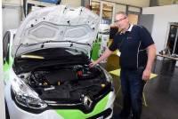 David Longo propose ce service depuis septembre, il a installé 76 boitiers sur des moteurs essence