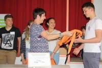 Le Puy : les mini-entrepreneurs du collège Saint-Louis font un don de 400 euros