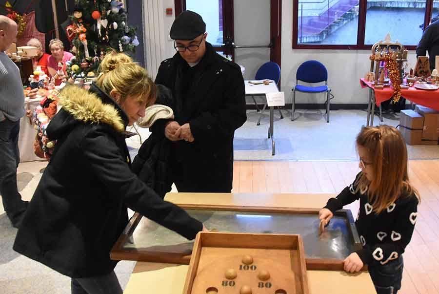 Beauzac : des doigts de fée au marché de Noël artisanal