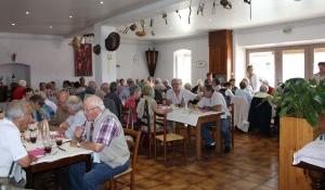 Saint-Front : 70 aînés en agapes