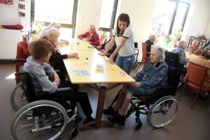 Yssingeaux : les résidents de l'hôpital retrouvent des jeux anciens