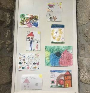 Montfaucon-en-Velay : une exposition de dessins d'enfants réalisés pendant le confinement